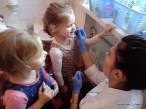 Spotkanie ze stomatologiem w gr. III