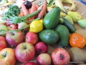 Tworzenie warzywno - owocowych obrazków w gr. IV