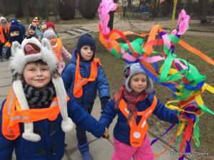 Dzieci z gr. III szukają wiosny